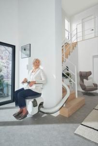 Monte escalier tournant de type courbe